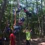 ロープで木登り、ワクワク